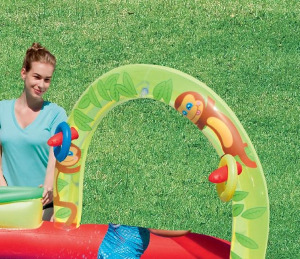 Piscina inflable bestway centro de juegos interactiva for Piscina inflable bestway